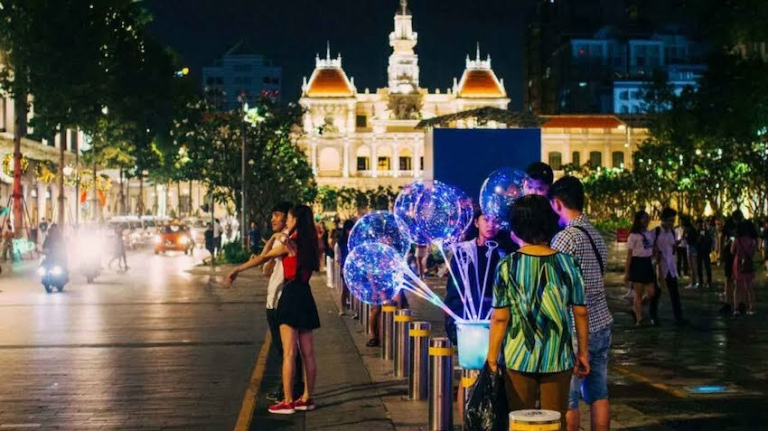 local things to do in ho chi minh city at night food tour